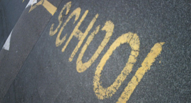 School-parking-road-marks