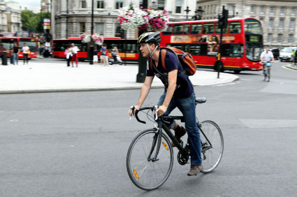 cyclist-in-london