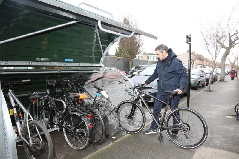 LRSC TfL cycle parking